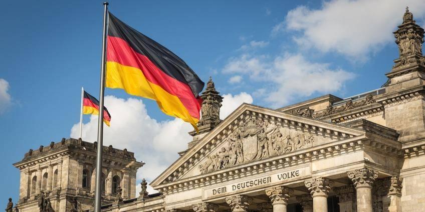 Какие банковские карты принимают в германии в 2021 году