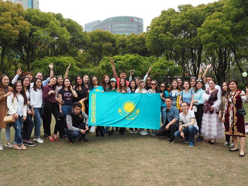 Shanghai university of international business and economics / 上海对外经贸大学 (suibe)