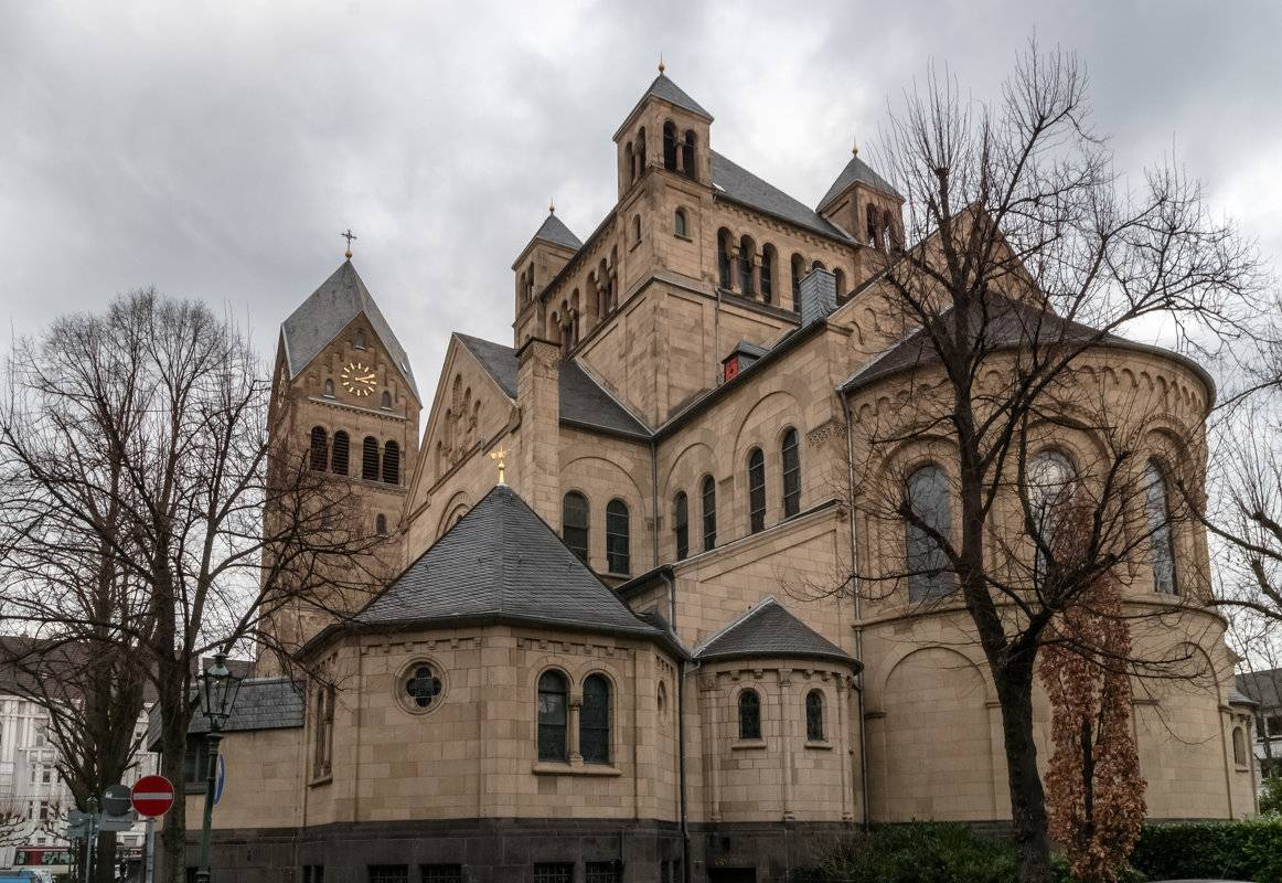 Обаяние храмов и соборов Дюссельдорфа