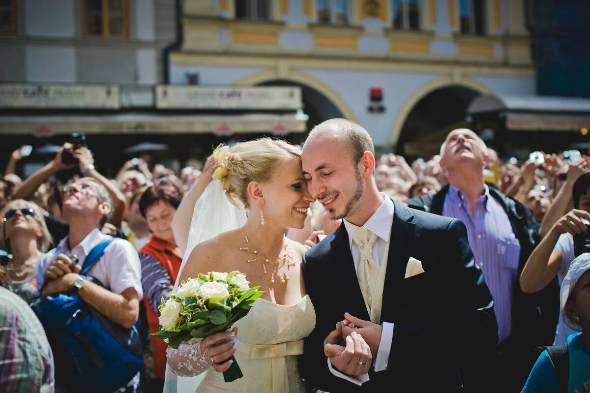 Брак между россиянином и иностранцем: особенности и необходимые документы