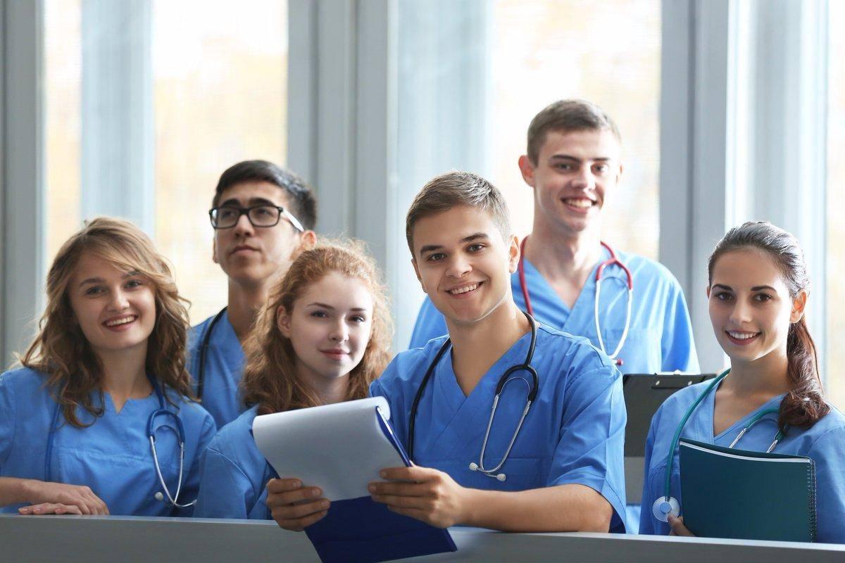 Медицинское образование в германии: поступить и не разочароваться | штудирен
