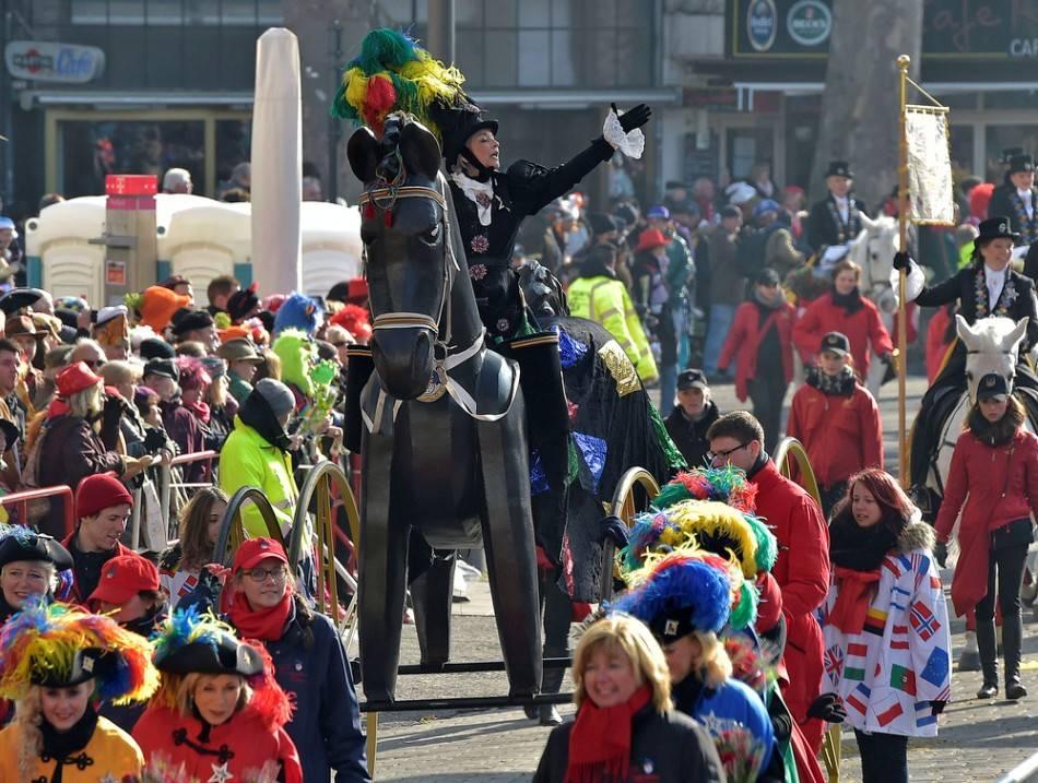 Кёльнский карнавал википедия