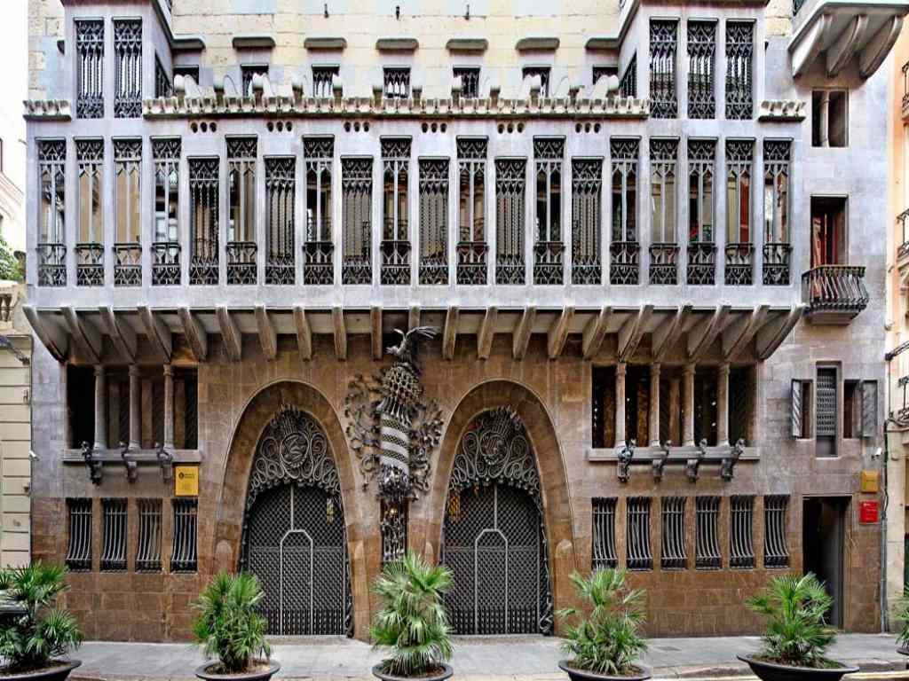 Архитектура гауди в барселоне