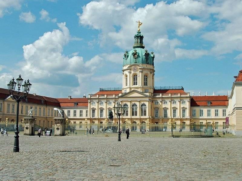 Замок шарлоттенбург в берлине – красота восстановленная из пепла – так удобно!  traveltu.ru