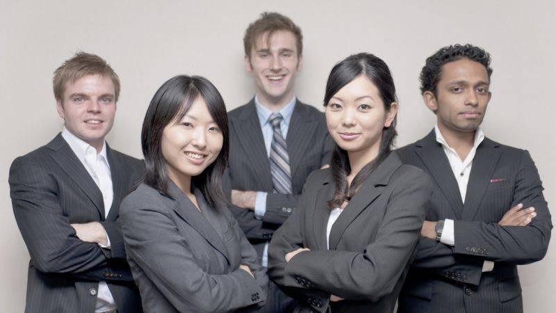 Работа в японии для русских: средняя зарплата, востребованные профессии, трудоустройство