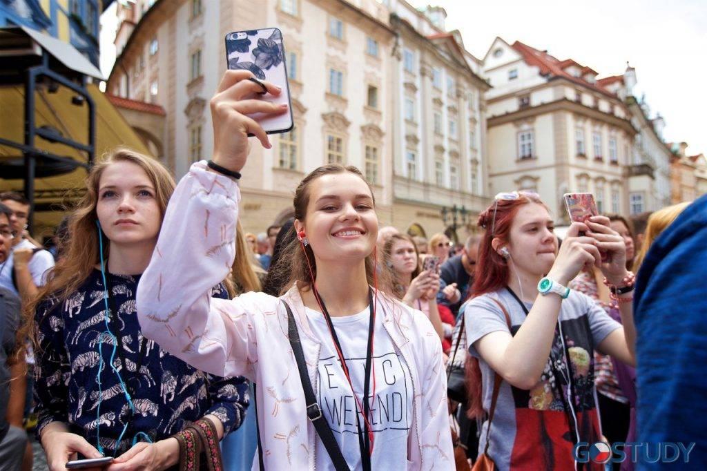 Обучение в чехии на английском: как подготовиться и куда поступать