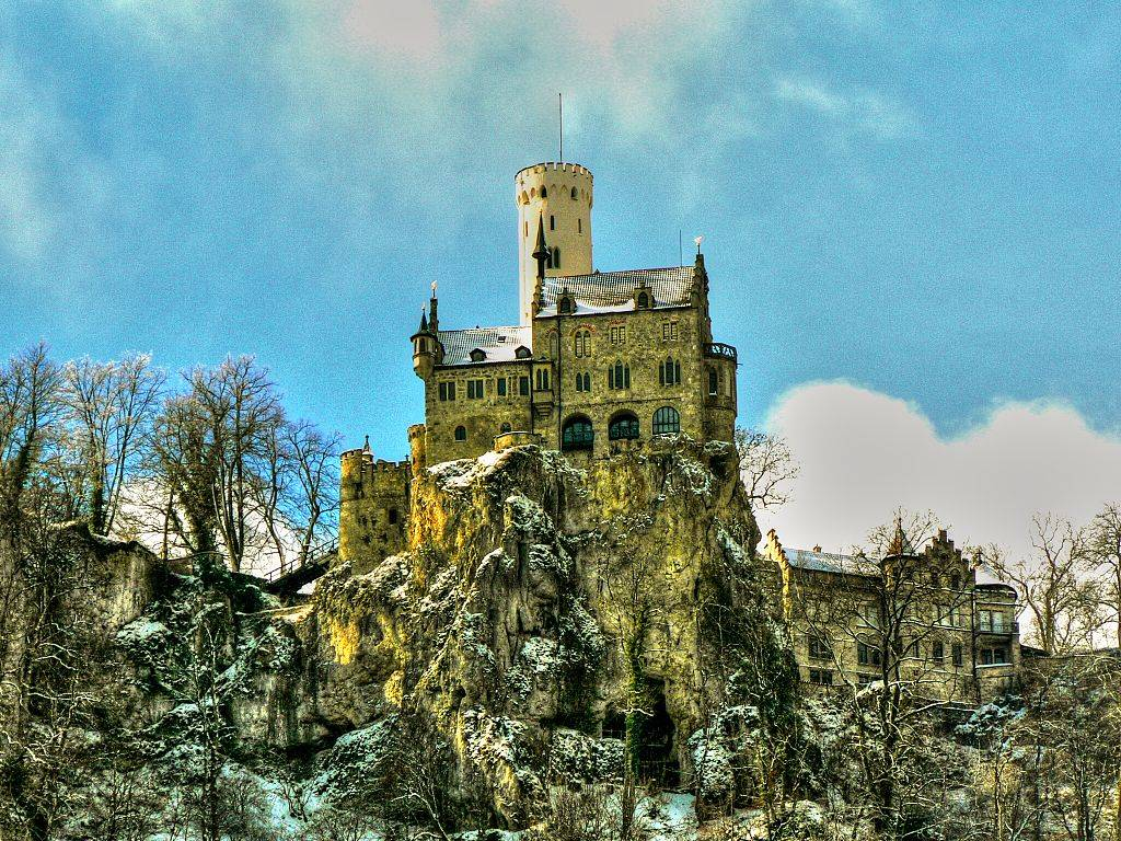 Путешествие в сказку – замок Лихтенштайн в Германии