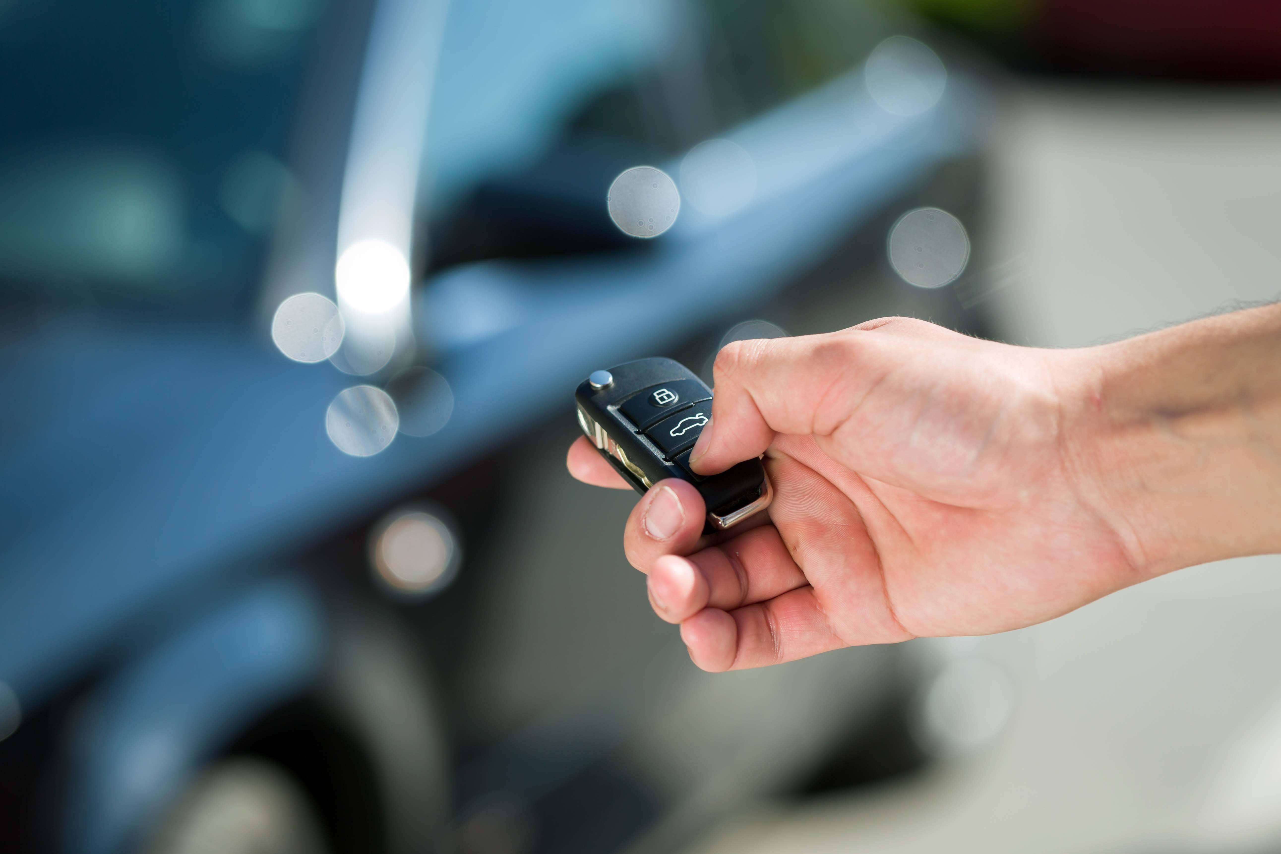 Аренда авто в испании: стоимость, прокатные компании, особенности пдд