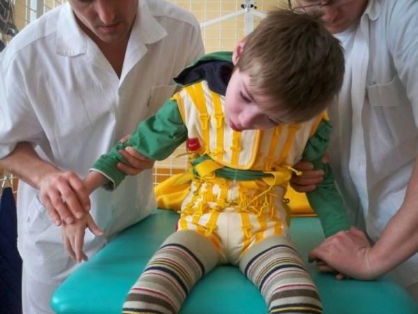 Лечение и реабилитация детей с дцп