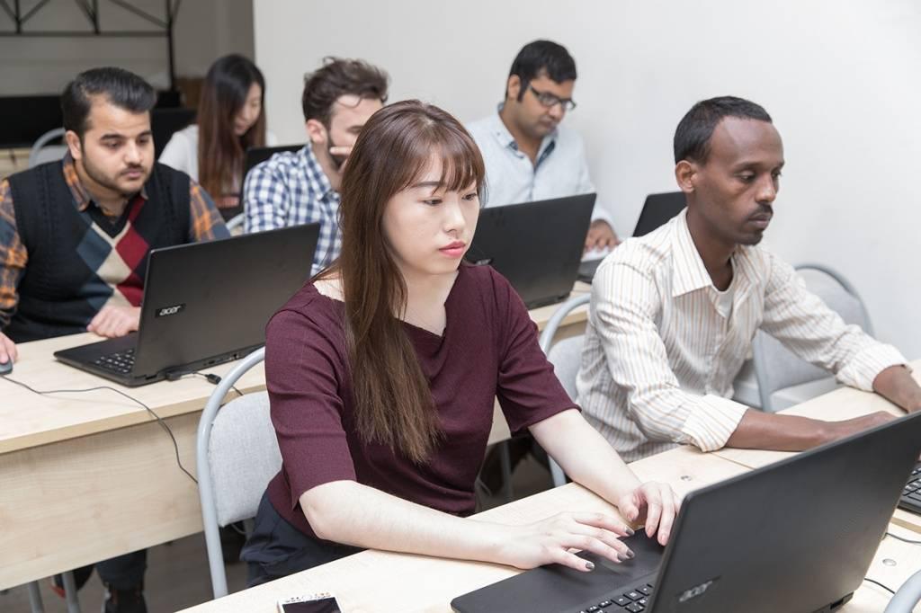 Поиск работы в дюссельдорфе в 2021 году: вакансии для русскоговорящих соискателей