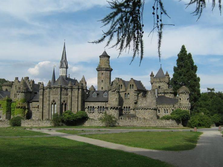 Замок левенбург – искусная имитация древности – так удобно! traveltu.ru