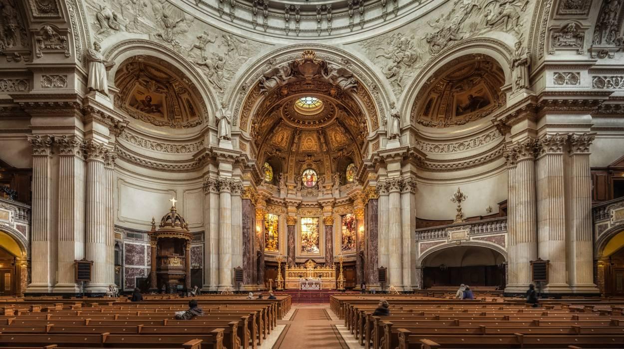 Берлинский кафедральный собор - крупнейший протестантский храм германии – так удобно!  traveltu.ru