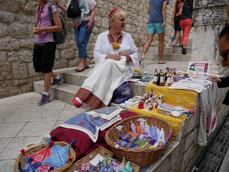 Подарки и сувениры из черногории – что привезти домой?