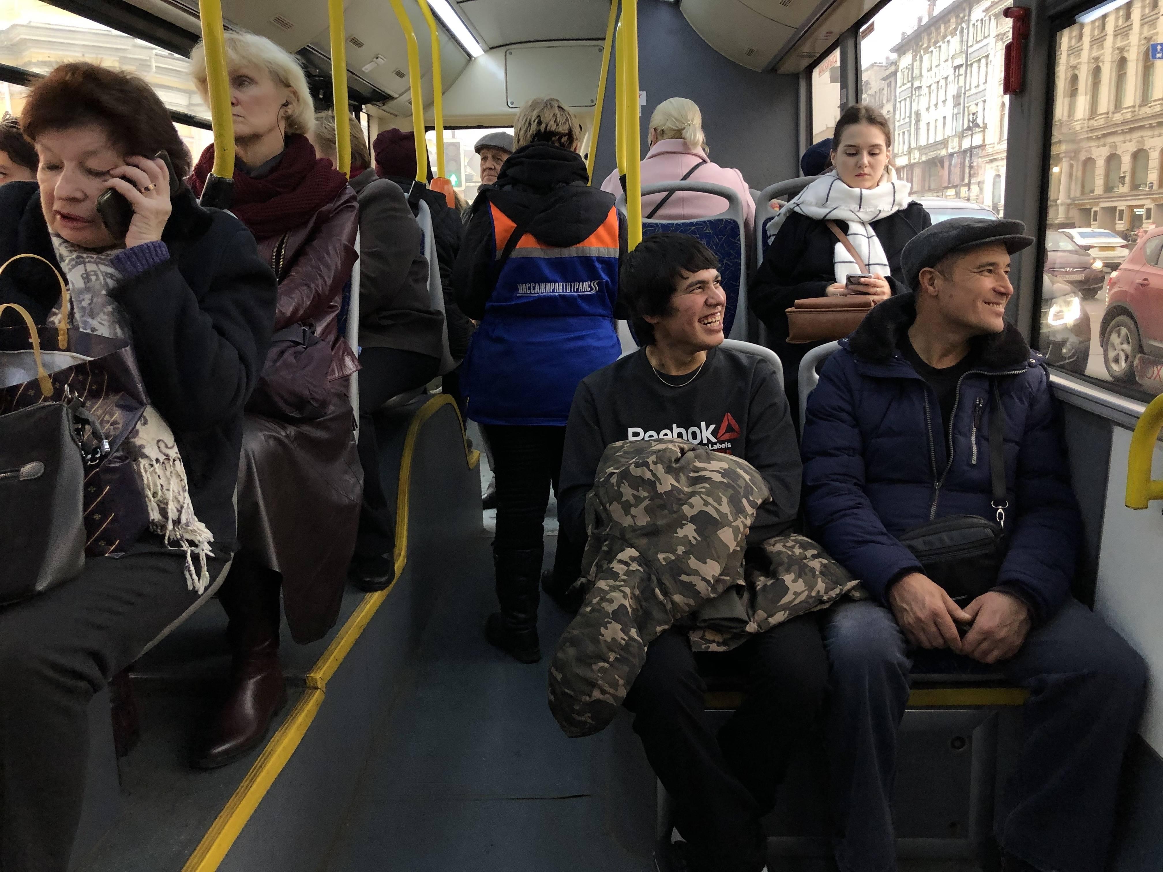 Жизнь русских эмигрантов во франции в 2019 году: работа, цены, социальные выплтаы, недвижимость и т.д.