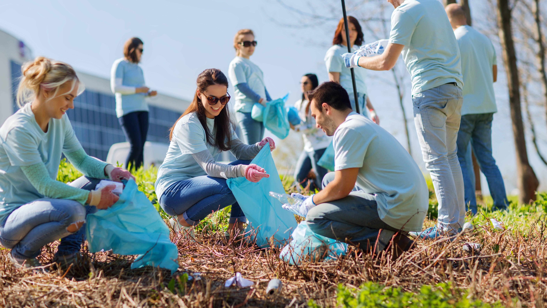 Как уехать за рубеж добровольцу: секреты выбора хорошей волонтёрской программы и советы экспертов