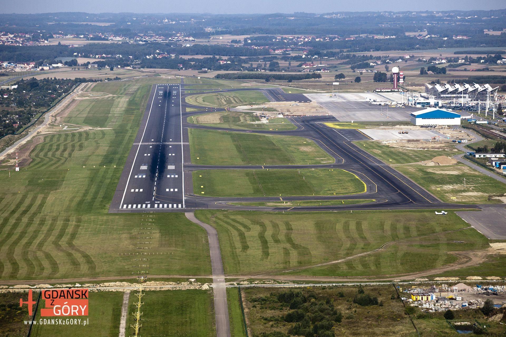 Гданьск (аэропорт) - вики