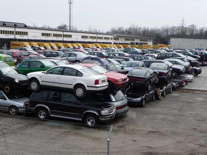 Утилизация автомобилей и автосвалки в германии
