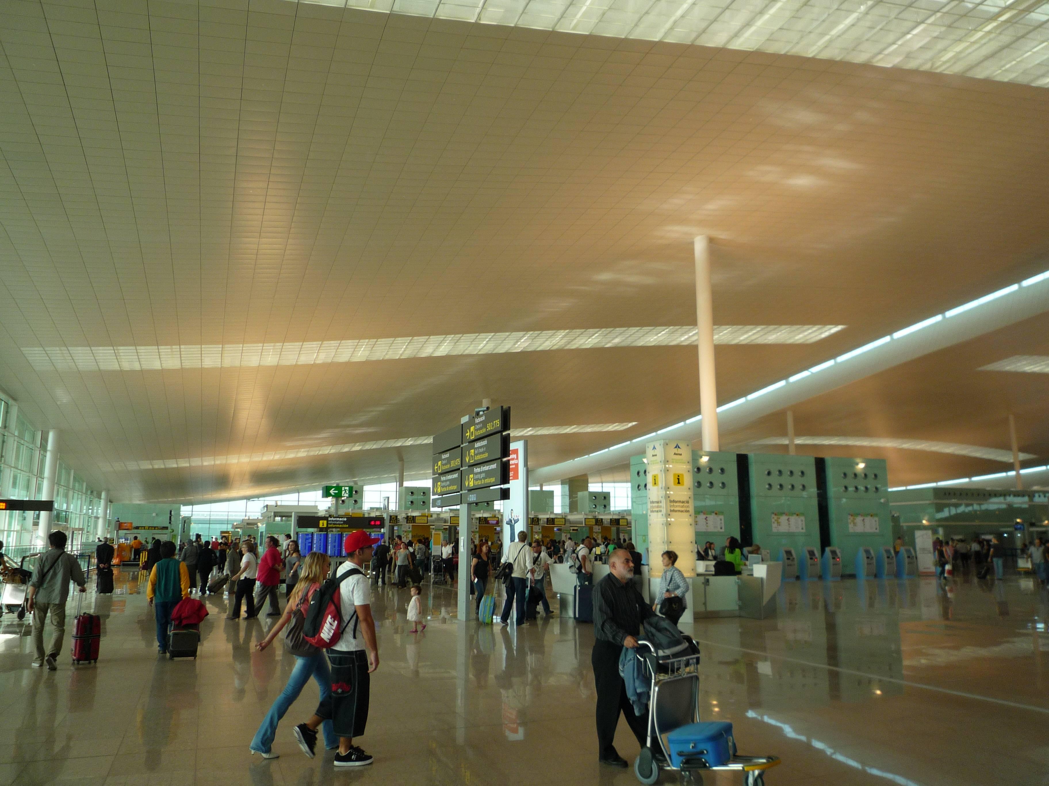 Аэропорт барселоны: практические рекомендации для новичков