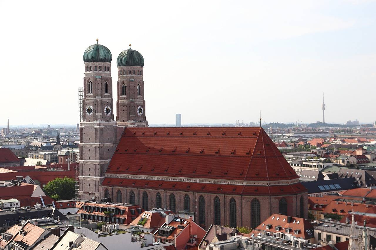 Фрауэнкирхе: описание, адрес, время работы - достопримечательности мюнхена