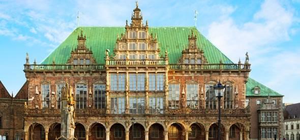 Бременская ратуша в городе бремен