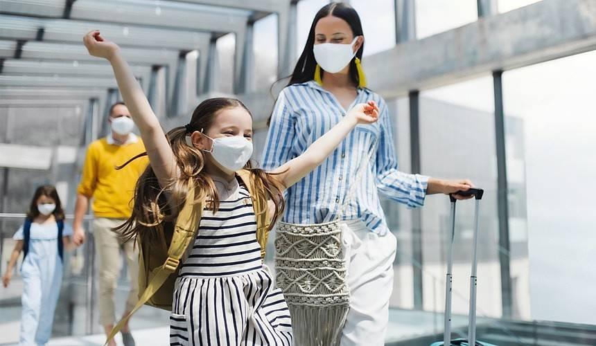 Нужно ли сдавать тест на коронавирус при возвращении из-за границы