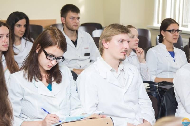 Медицинский факультет карлова университета в городе пльзень