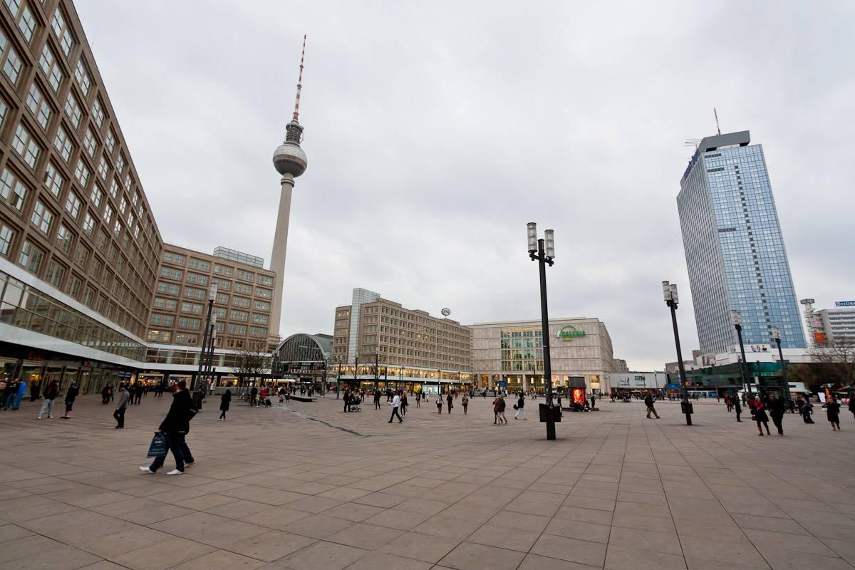 Александерплац в берлине: место, где соприкасаются история и современность