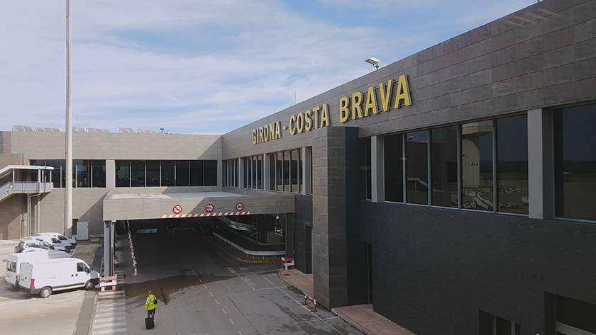 Жирона — коста-брава (аэропорт) — википедия