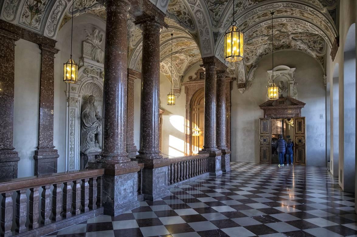 Мюнхенская резиденция виттельсбахов: подробная информация