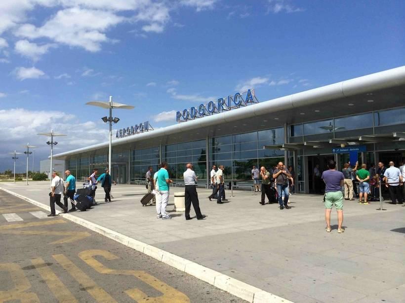 Дешевые авиабилеты в черногорию. прямые рейсы из москвы и спб в тиват | черногория: путеводитель