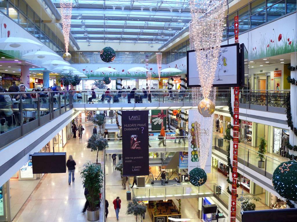 Торговые центры праги: обзор лучших в 2021 году