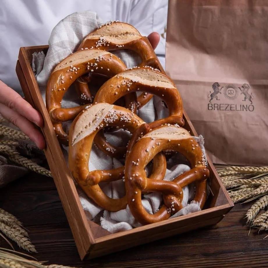 Брецель | классический рецепт немецких брецелей к пиву с фото | волшебная eда.ру