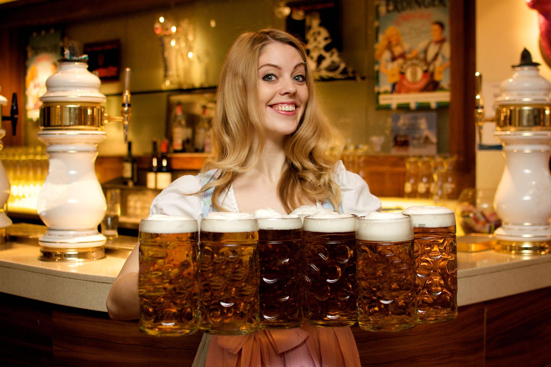 Чешское пиво: особенности разных сортов и история, виды и лучшие марки, технологии производства и состав, крепость напитка и дегустационные характеристики, с чем сочетается и сколько стоит