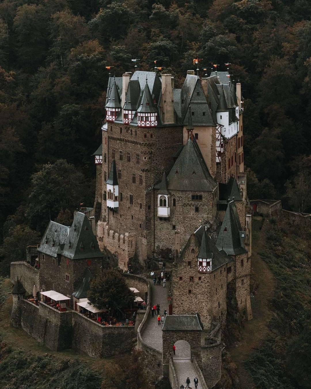 Замок эльц – крепость, которая не стареет
