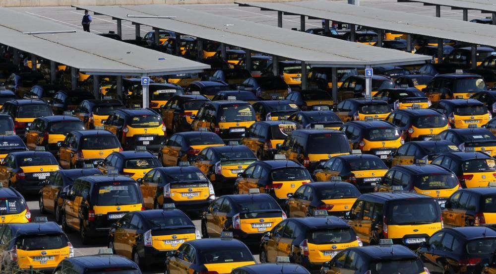 Такси в аэропорт из барселоны. стоимость такси в барселоне.