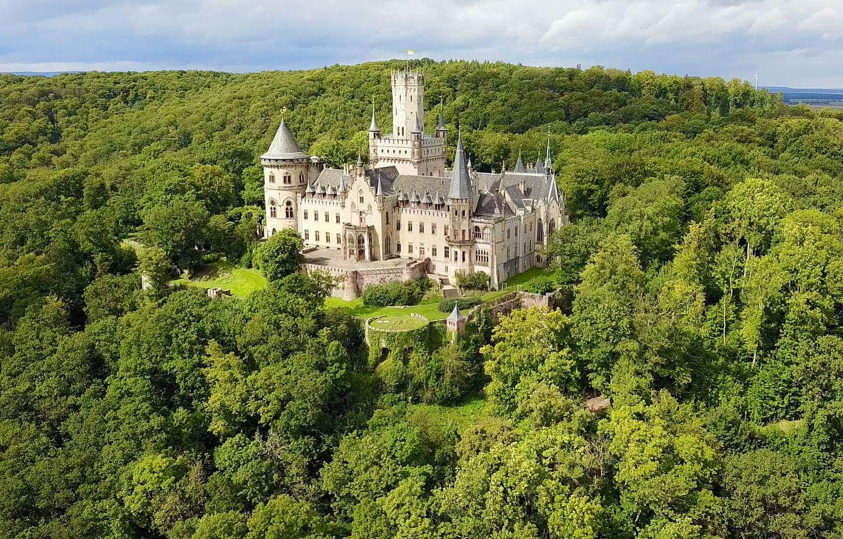 Замок мариенбург в 2021