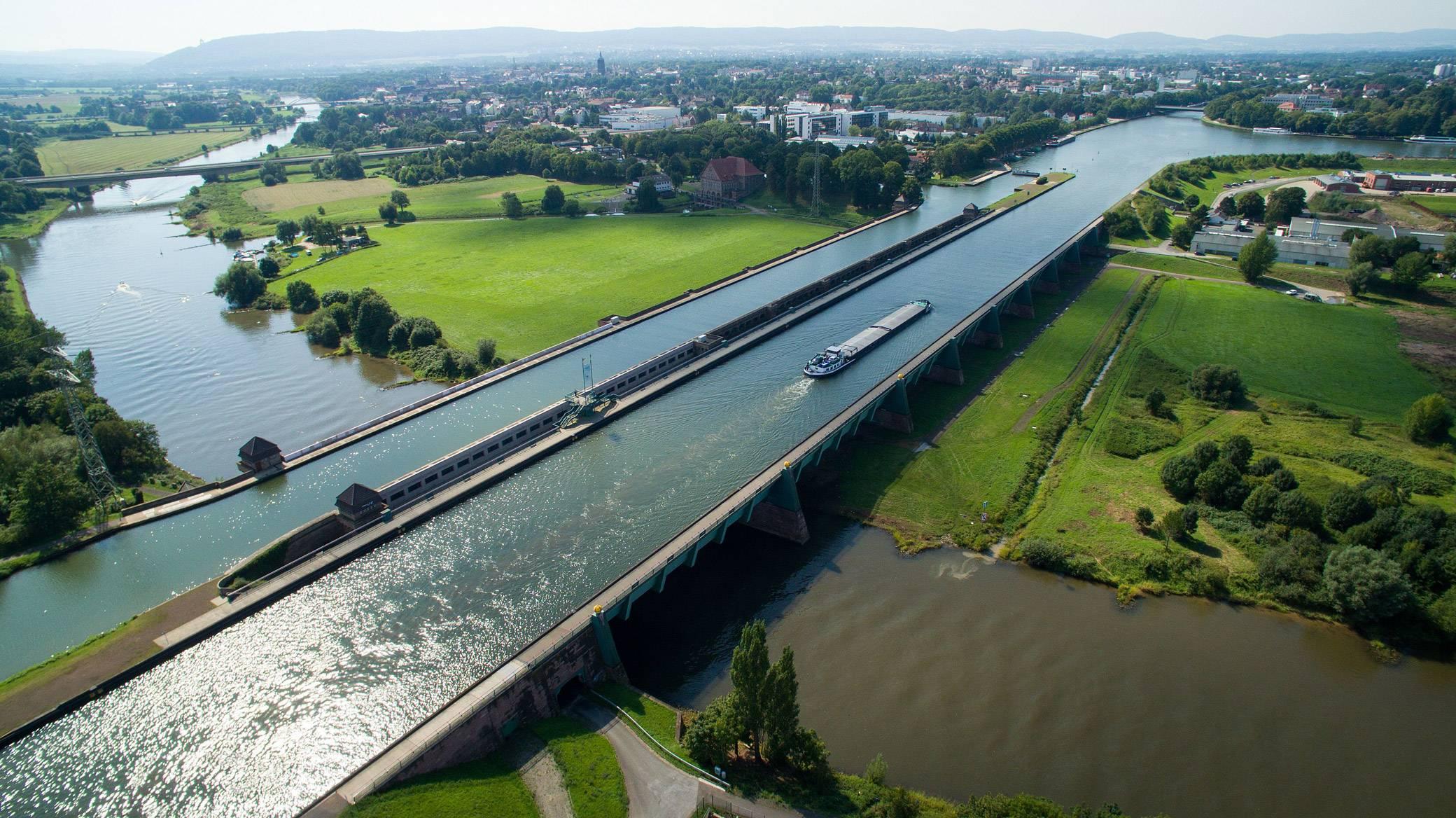 Магдебургский водный мост, его история и аналоги. три самых впечатляющих водяных моста в мире