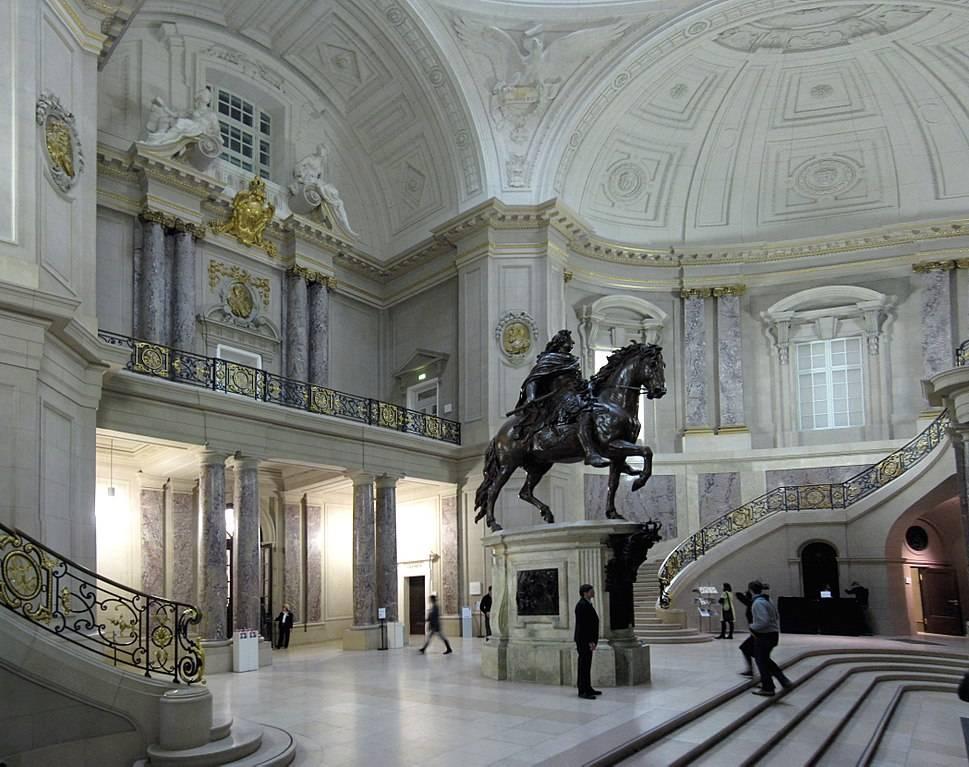 Топ-10 самых знаменитых музеев мира