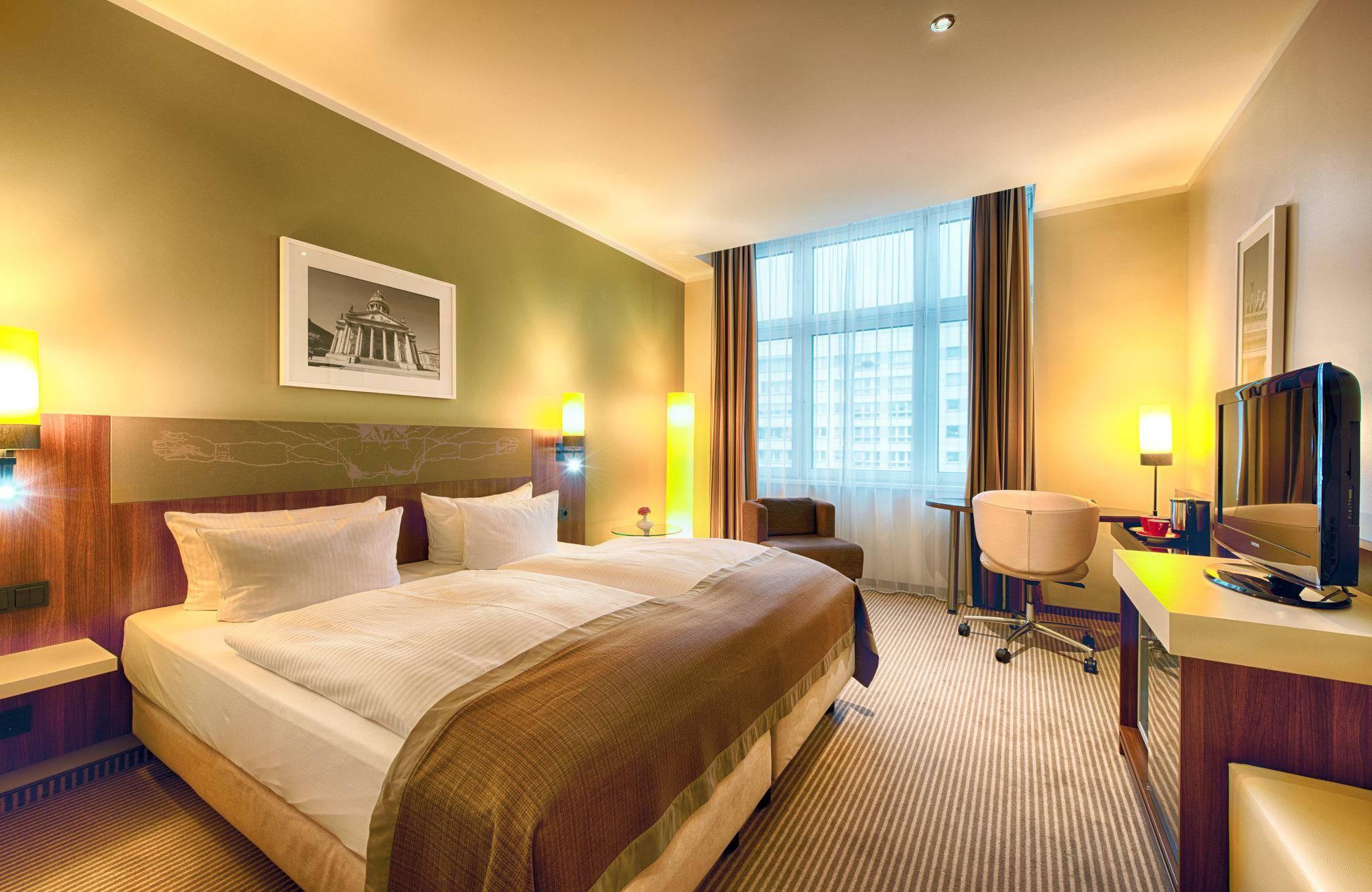 Отели берлина. бронирование гостиниц в берлине, цены со скидками до 60% - orangesmile.com