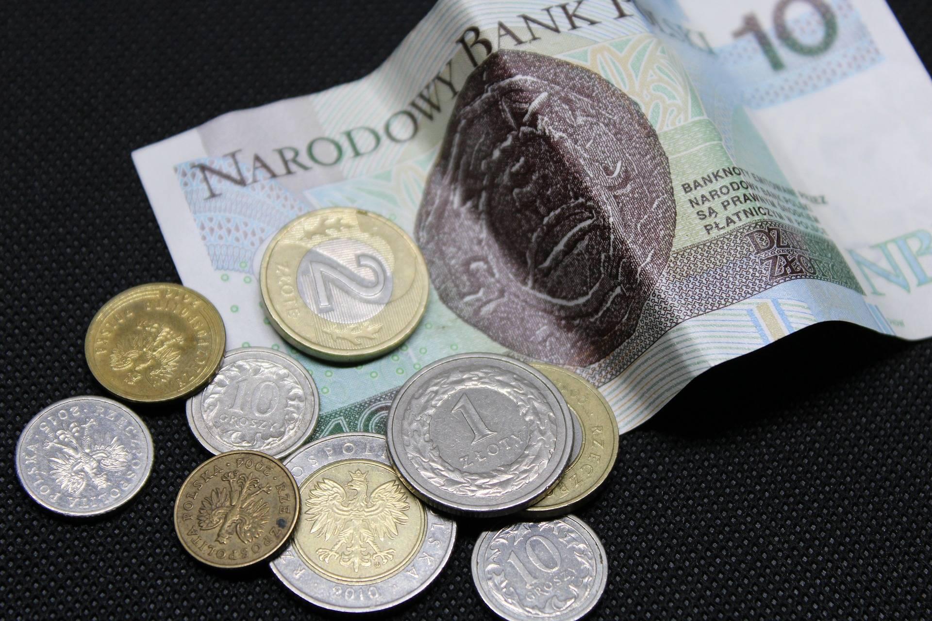 Какая валюта в польше