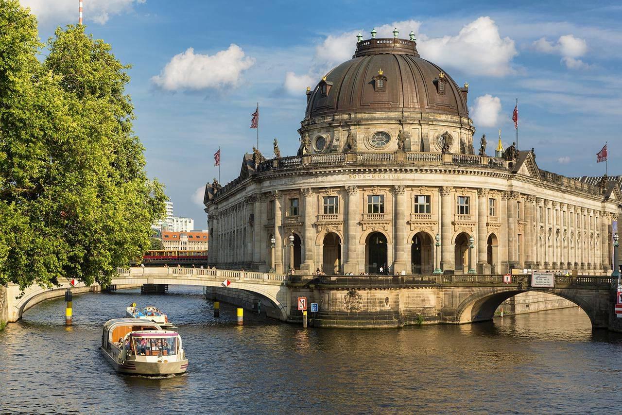 Новый музей в берлине. отели рядом, экспонаты, выставки, режим работы, стоимость билетов, фото, видео, как добраться, сайт, старый музей — туристер.ру