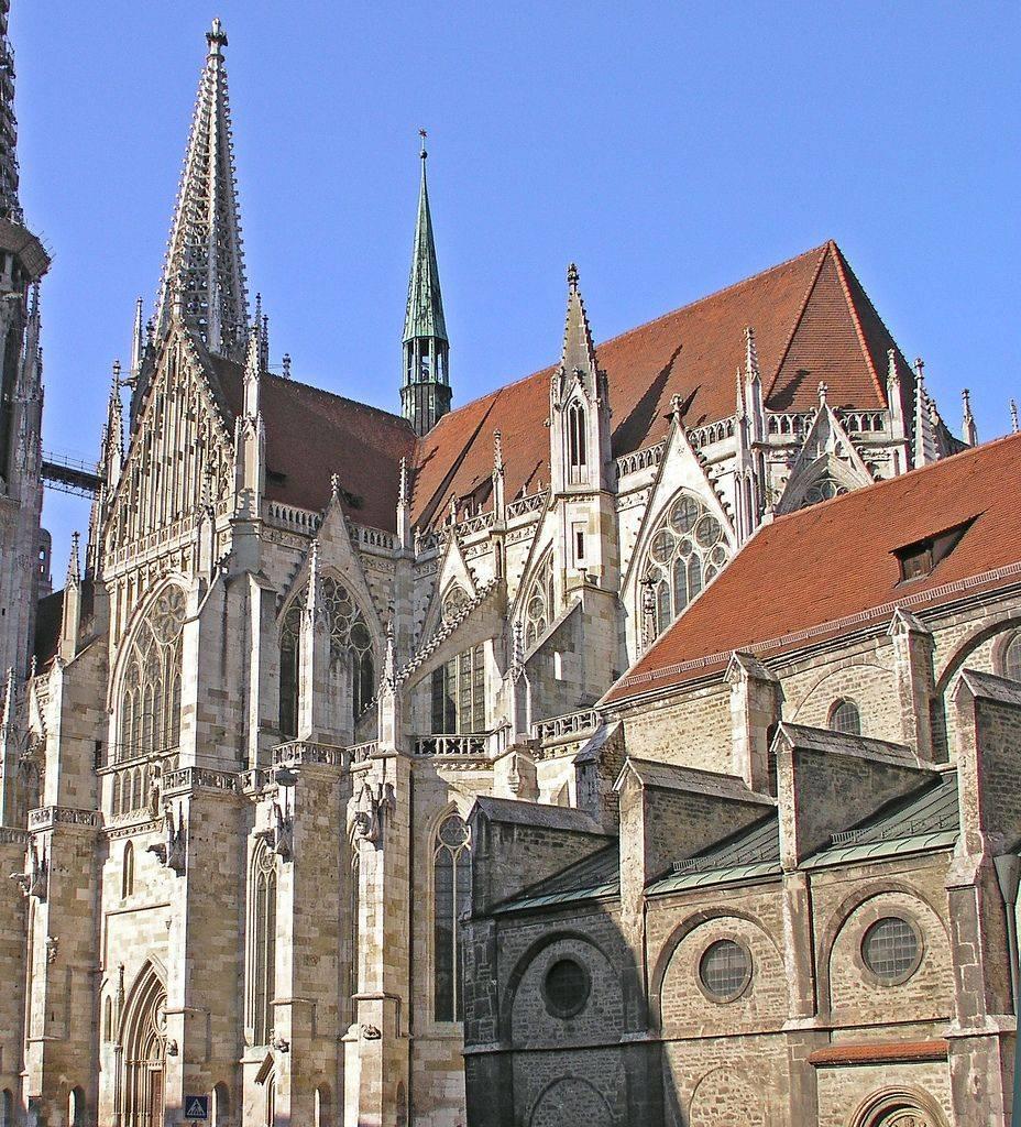 Шартрский собор - шедевр готической архитектуры