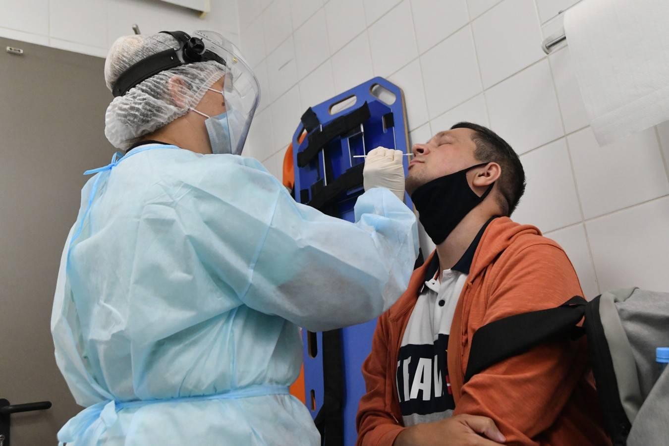 Всех прибывших в Турцию ожидает тестирование на коронавирус