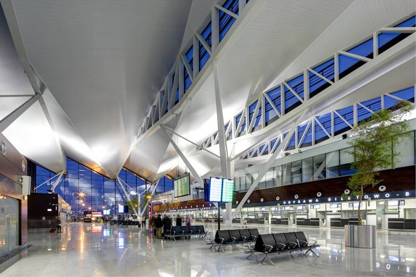 Гданьский аэропорт имени леха валенсы - вики