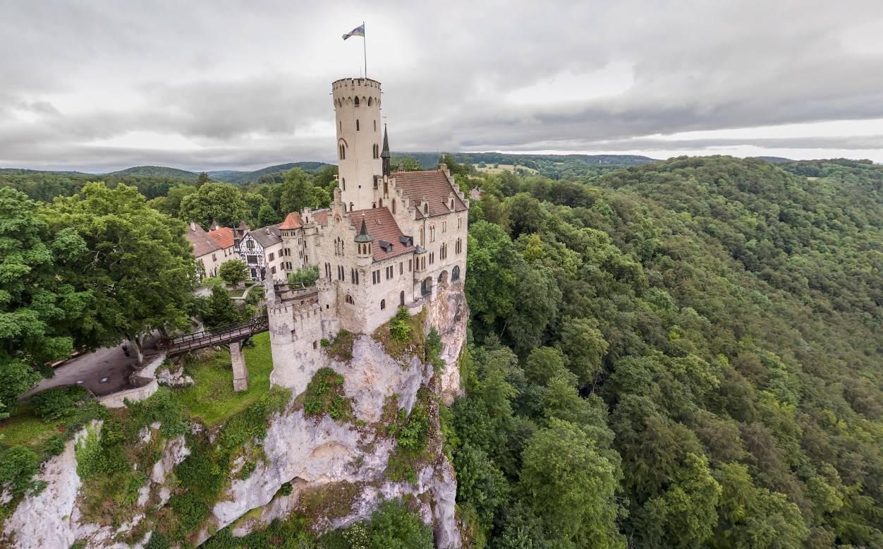 Лихтенштейн - страна длиной в один день, отзыв