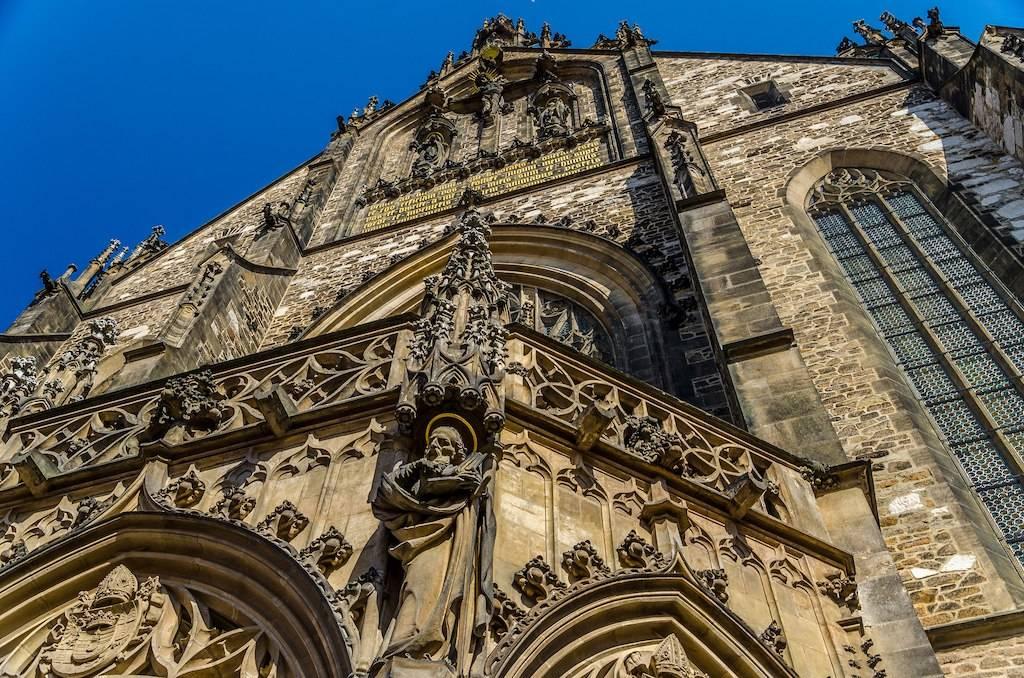 Архитектура праги: архитектура и изобразительное искусство начала хх века