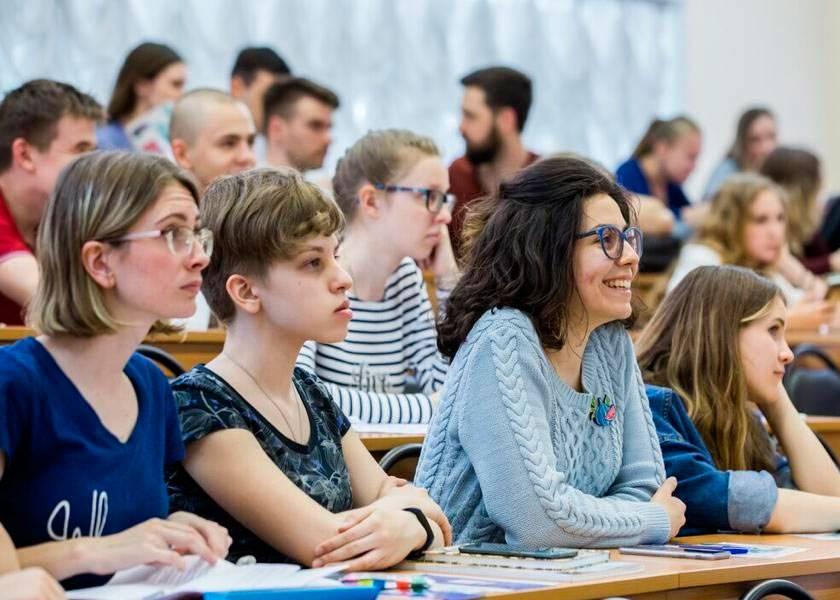 Стоимость обучения в польше для украинцев, белорусов и русских: выясним сколько стоит учеба в государственных вузах и какая цена в частных университетах