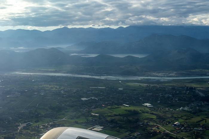 Об аэропортах черногории: расположение, рейсы, советы туристам