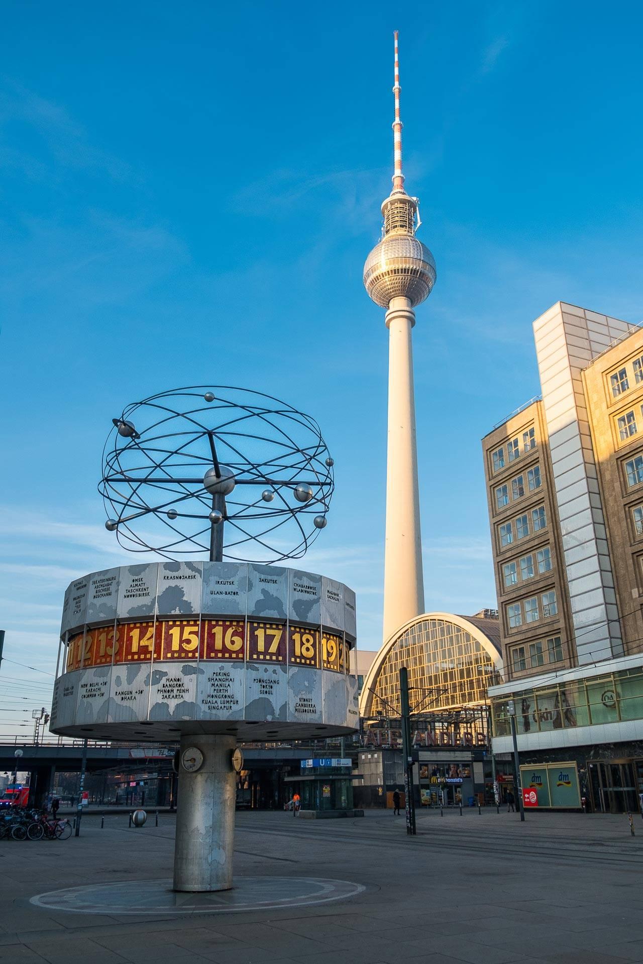 Александерплац в берлине: история площади, расположение на карте и транспорт, отели и шоппинг