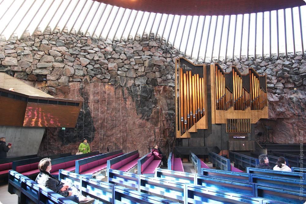 Церковь в скале темппелиаукио (tempelaukio)